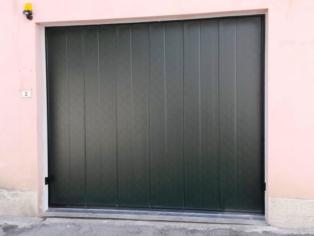 portoni-sezionali-garage