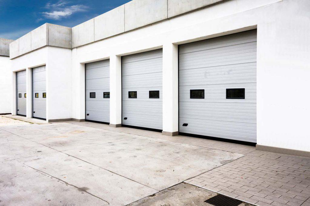 portoni sezionali per capannoni industriali